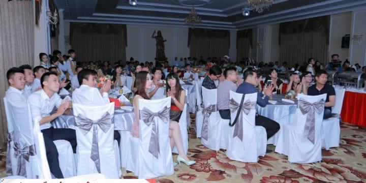 Dịch vụ tổ chức tiệc tất niên giá rẻ tại Long An